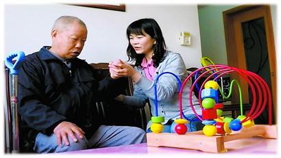 """能陪你慢慢到老 新一代社区全科医生成为居民健康的""""守门人"""""""